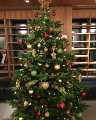 9ft Decorated Christmas Tree - Red Gold & Green